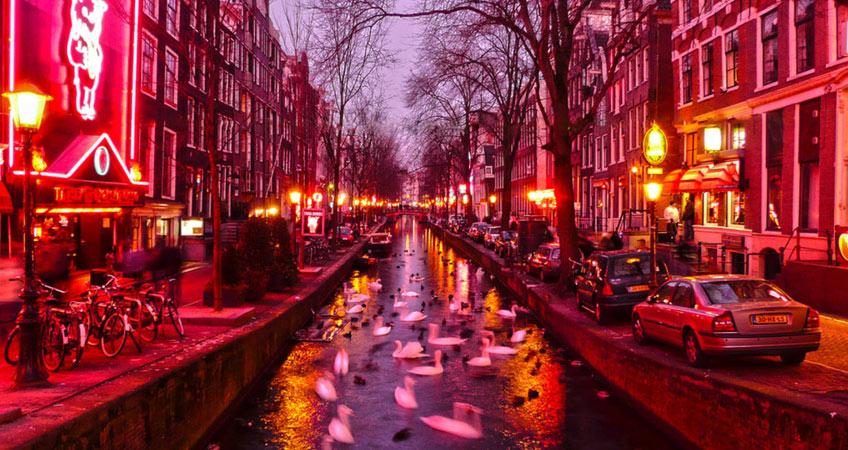 bayi-turlari-avrupa-amsterdam-bayi-turu-red-light-sokagi